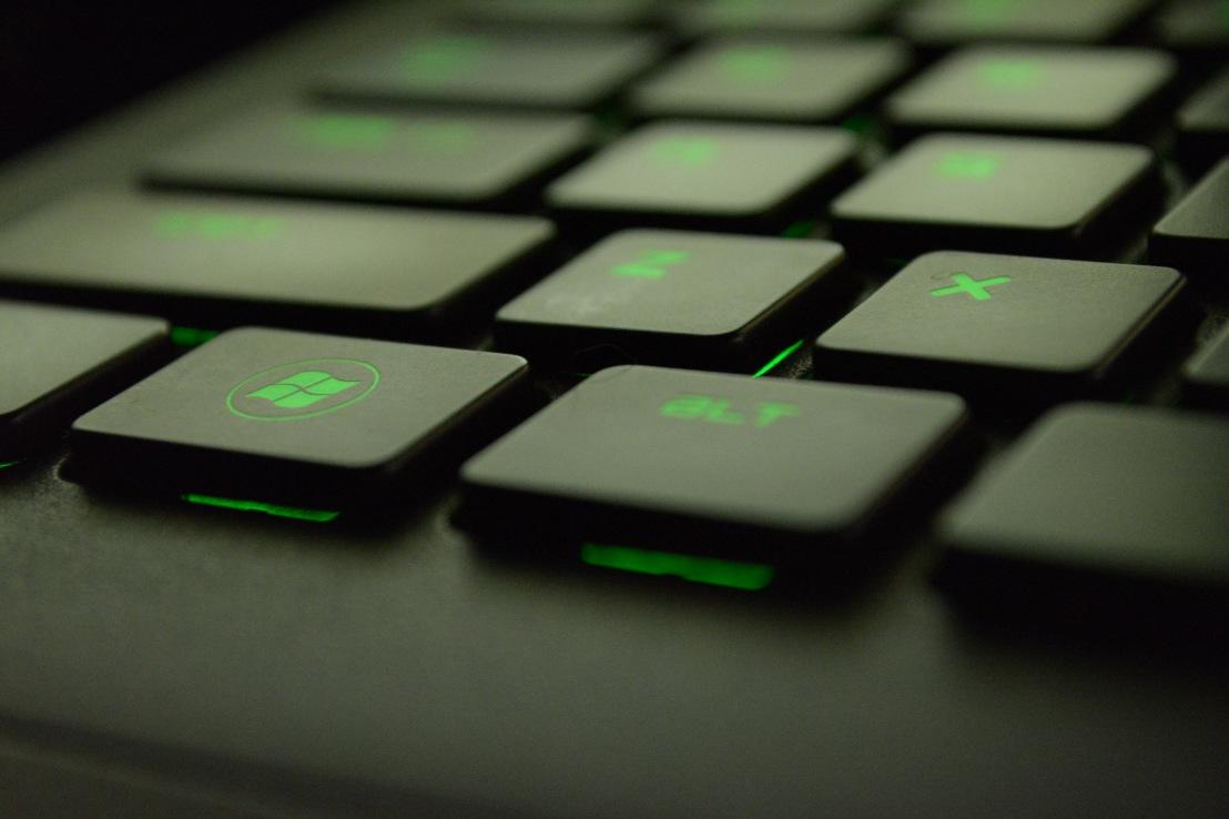 Howard Rudzki Donates Computers and Printers to Castro MiddleSchool